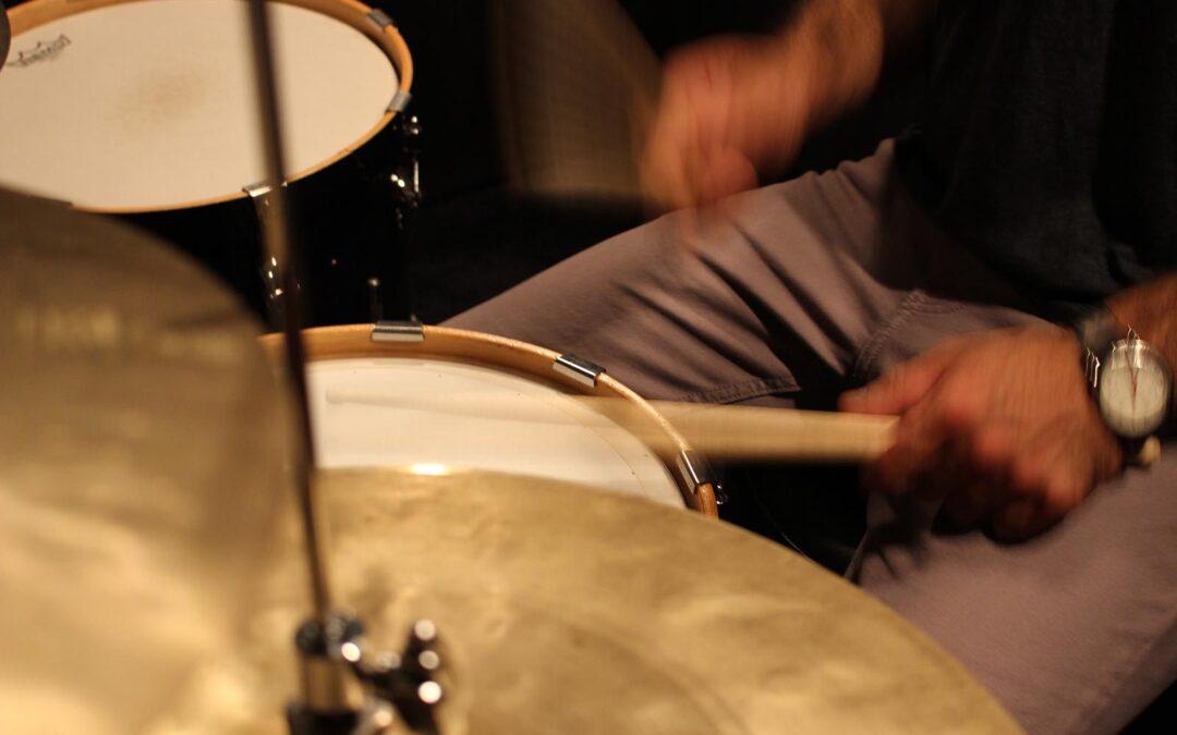 7 Ways Drumming Benefits You