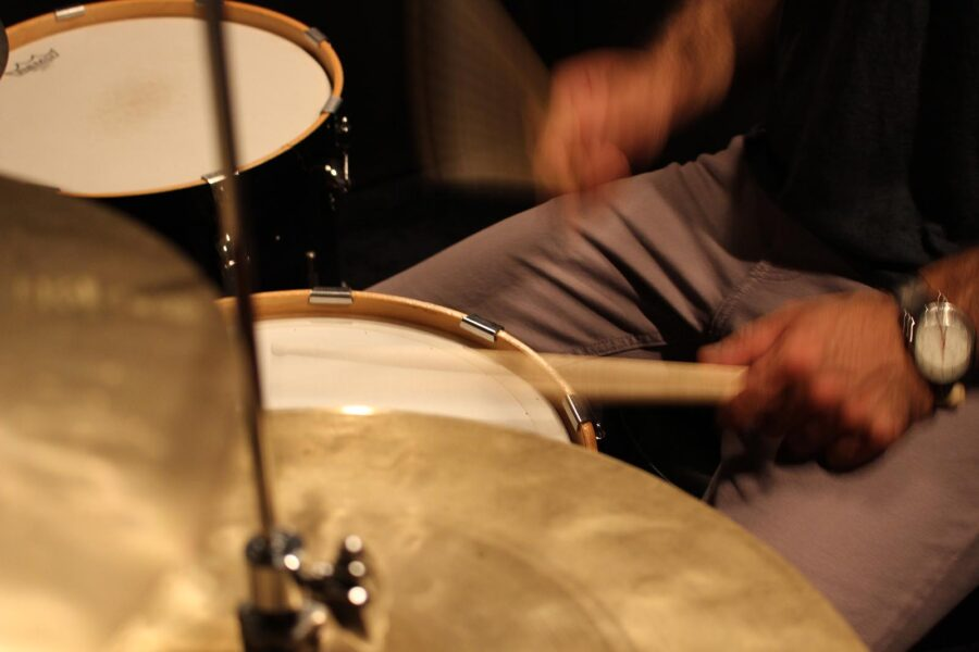 drumming benefits, live lessons, learning drums, why learn drums, drumming benefits, health, hobbies, learn an instrument, practice tips, drumming tips, better practice, drumming practice, tips for beginners, tips for drummers, practicing tips, tips for practicing